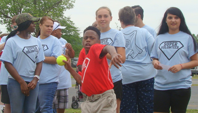 Super athletes shine at Special Olympics